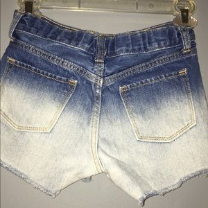 Girls Size 10 Old Navy ombré denim shorts